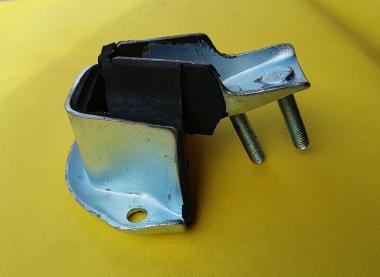 Lagerbock für Motoraufhängung vorne P1/P2